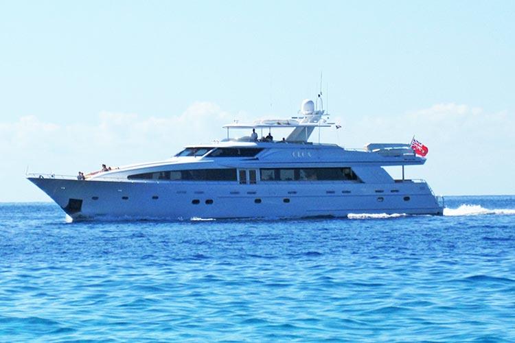 boat-olga-sailing