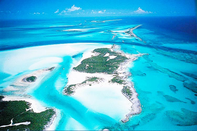 The Best Way to Sail to the Bahamas on Your Own Private
