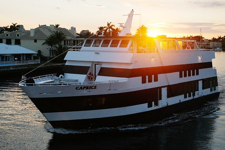 Caprice Guests 329 Charters From Boatmiami