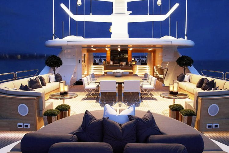 8 Tips to Start Luxury Yacht Business in Nigeria