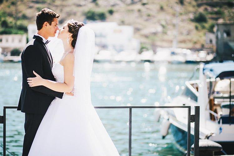 Boat wedding dresses for Rental wedding dresses in miami